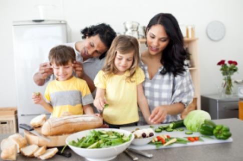 'Tô điểm' gian bếp với dụng cụ nấu ăn cao cấp