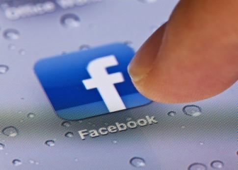 Truy cập vào nhiều tài khoản Facebook trên iPhone cùng một lúc