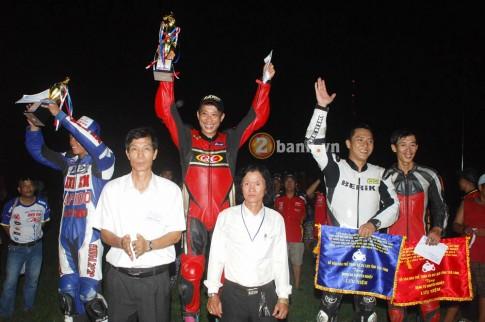 VĐV Nguyễn Thanh Vũ về nhất giải đua xe Trà Vinh