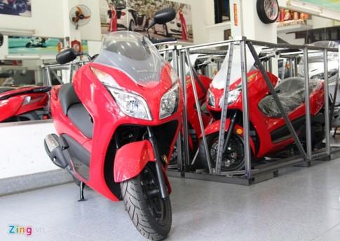 Xuất hiện tại Sài Gòn bộ ba Honda Forza 2014