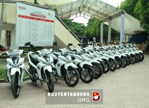 Yamaha bàn giao 100 xe cho CSGT Việt Nam