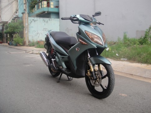 Yamaha Nouvo LX chú lính chì