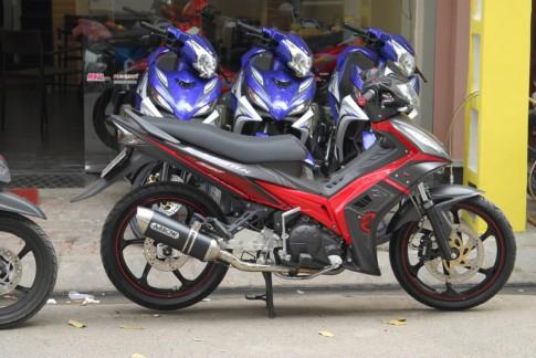 Yamaha Spark 135i độ kiểng thể thao cùng biển số Tứ Cửu