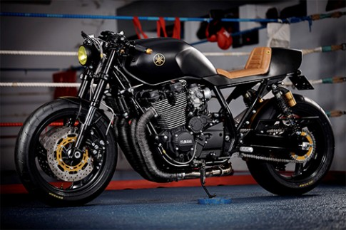 Yamaha XJR1300 Stealth độ cafe racer với cảm hứng từ chiến đấu cơ