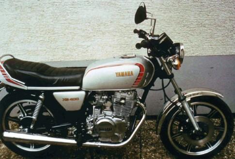 """Yamaha XS400 """"lột xác"""" thành thiếu nữ"""