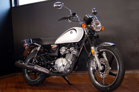 Yamaha YB125SP Trung Quốc đắt khách ở Nhật