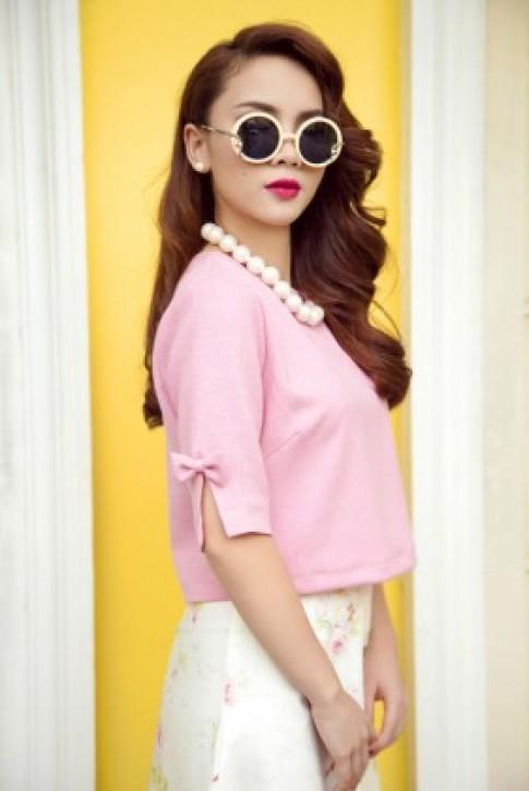Yến Trang gợi ý mặc đẹp với sắc hồng