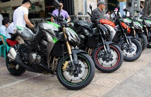 Z1000 2014 đủ màu sắc tại Việt Nam.