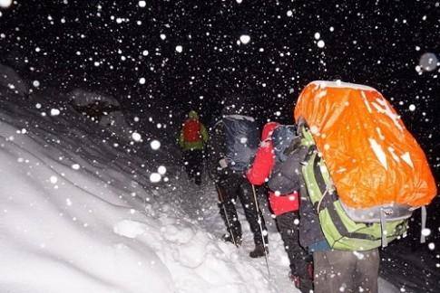 48g sống sót kỳ diệu của cô gái Việt trong cơn bão tuyết ở Himalaya