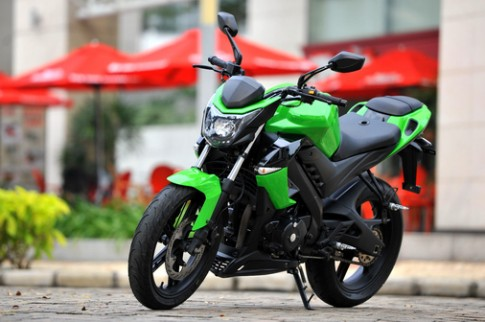 Cận cảnh naked bike Việt Visitor BIOS 175