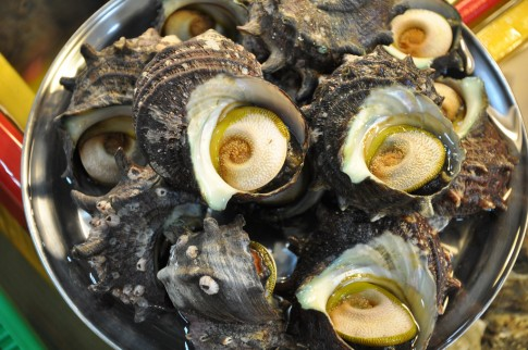 Đến thăm chợ hải sản Jagalchi nổi tiếng xứ Hàn