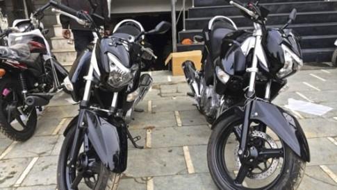 Đối thủ của Honda CB250R chính thức lộ diện