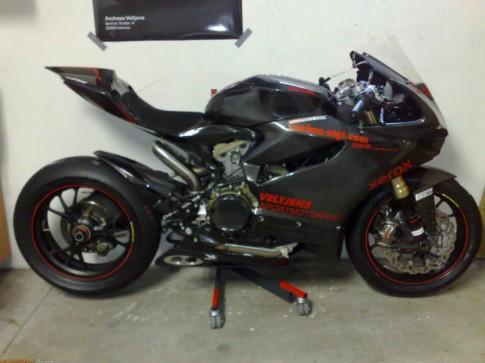 Ducati 1199 Panigale full carbon
