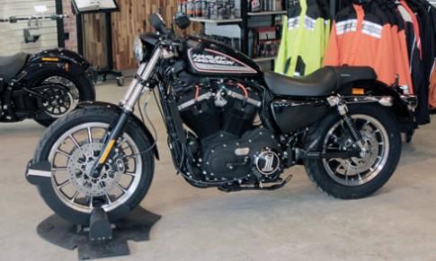 Harley-Davidson 883 Roadster mẫu xế độ chính hãng tại Sài Gòn