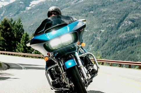 Harley-Davidson Road Glide 2015 phiên bản mới được nâng cấp mạnh mẽ