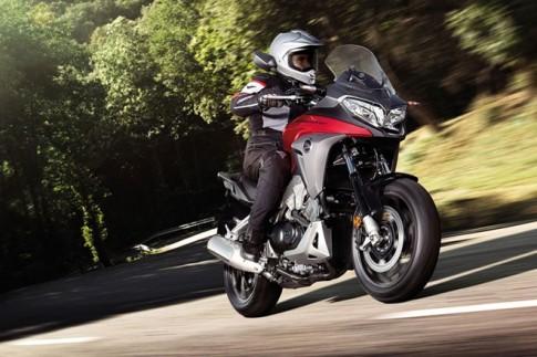 Honda trình làng mẫu môtô VFR800X phiên bản 2015