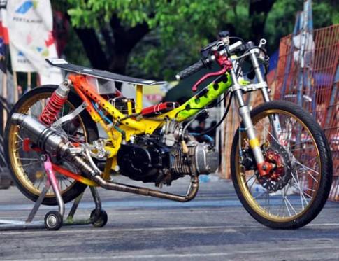 Honda Wave RSX mang phong cách Drag Bike cực đẹp