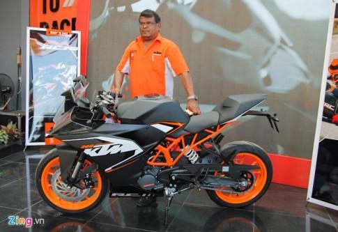 KTM Việt Nam vừa ra mắt cặp đôi RC200 và RC390