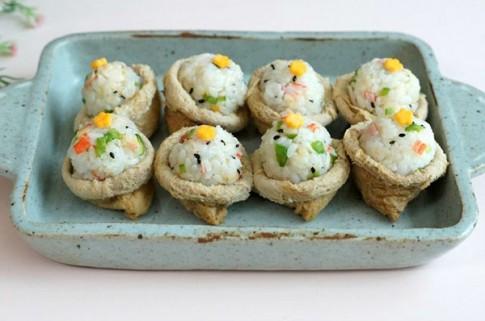 Lạ miệng thơm ngon sushi đậu hũ chiên kiểu Hàn