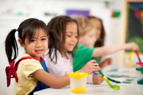 Mách mẹ cách tăng cường sức khỏe hệ tiêu hóa cho con năm học mới