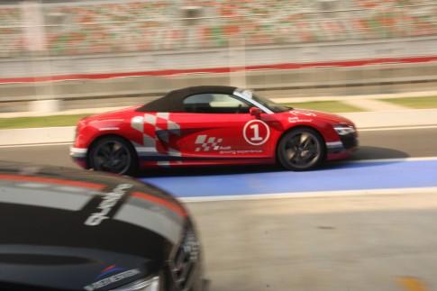 Người Việt trải nghiệm siêu xe Audi trên trường đua F1 tại Ấn Độ