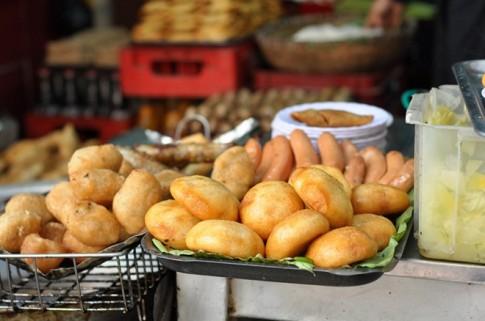 Những quán bánh rán ngon nổi tiếng ở Hà Nội