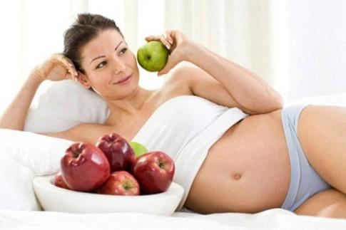 Những thực phẩm 'cấm' mẹ bầu ăn lúc đói