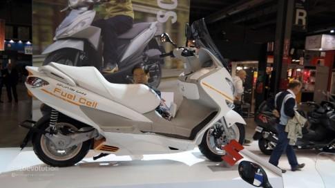 Suzuki Burgman mẫu xe tay ga điện xuất hiện tại EICMA 2014