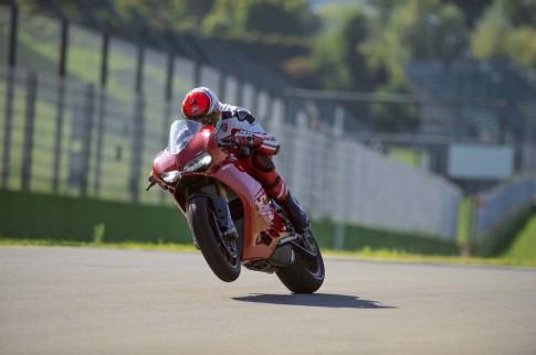 Tính năng chi tiết trên siêu phẩm Ducati 1299 Panigale