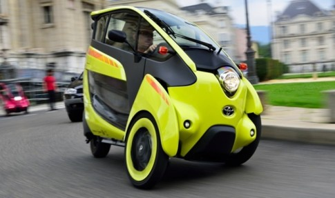 Toyota i-Road EV chiếc xe điện 3 bánh với giá thuê không tưởng