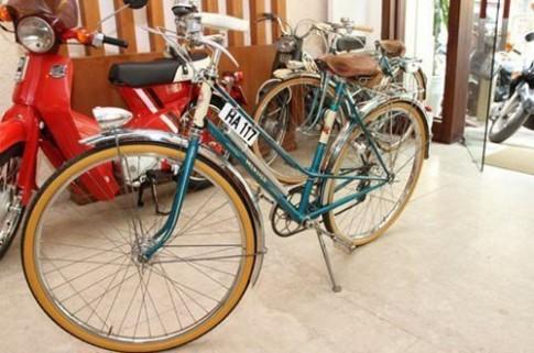 """Xe đạp Peugeot """"vũ khí"""" tán gái thời bao cấp"""