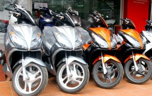 Xe tay ga của Honda bắt đầu tăng giá mạnh vì khan hàng