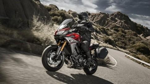 Yamaha Anh công bố giá MT-09 Tracer và YZF-R3