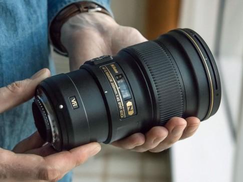 Anh thuc te Nikon AF-S 300mm f4e vua ra mat o CES 2015