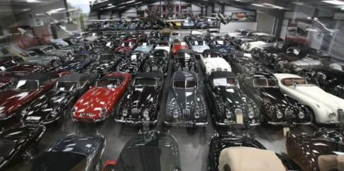 Bộ sưu tập 543 xe cổ có chủ sở hữu mới
