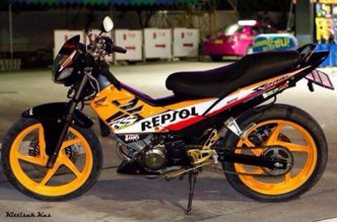 Honda Sonic Repsol độ cực đẹp bên đất Thái
