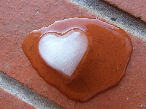 Những cách cực đơn giản làm tan chảy trái tim đàn ông