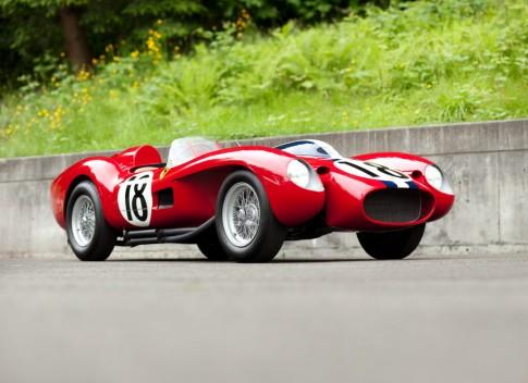 Top 10 xe cổ đắt nhất thế giới