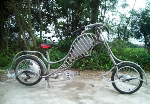 Xe đạp điện tự chế độc nhất vô nhị tại Việt Nam
