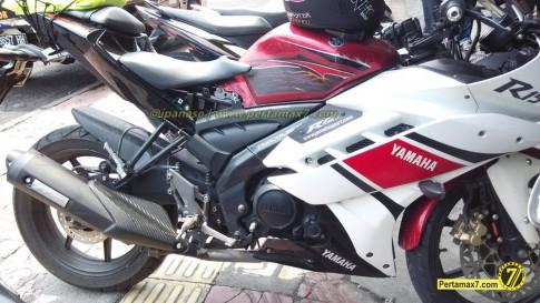 """Yamaha V-ixion Độ """"đầu R15, đuôi R25"""" lạ lẫm"""