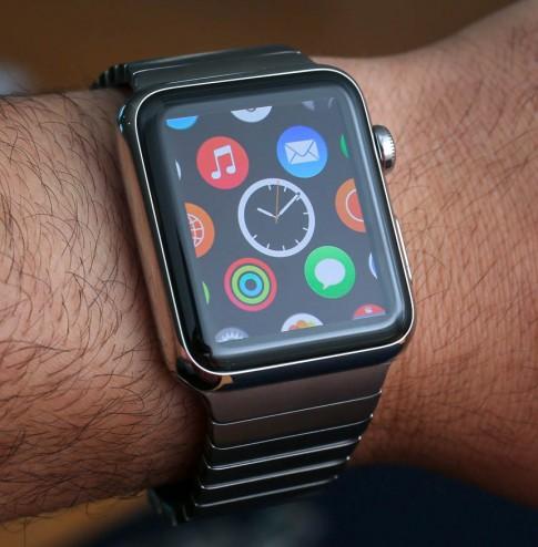 Apple Watch có hiện tượng chậm và khựng khi chạy ứng dụng