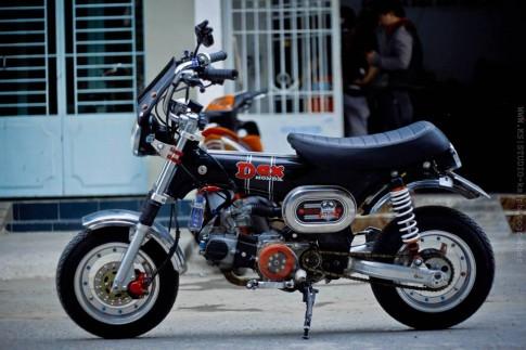 Honda Dax , hanh trinh theo duoi dam me