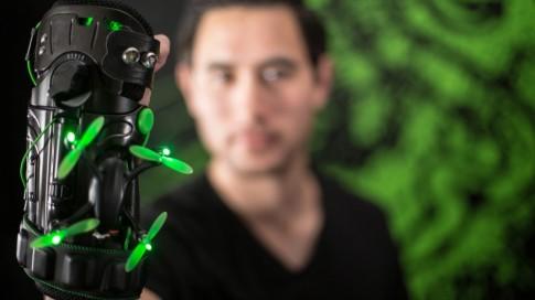 Razer Eidolon - hệ thống drone đeo tay của Razer.