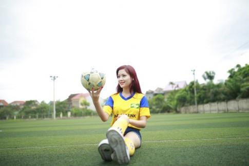 Cô cổ động viên xinh đẹp của đội bóng Sông Lam Nghệ An