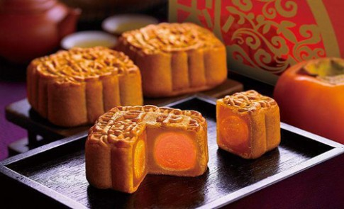 Bánh Trung thu: Ngon thật là ngon nhưng không nên ăn nhiều