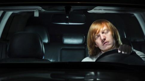 Những ai không nên lái xe?