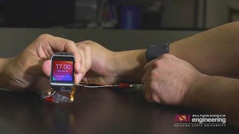 Pin có thể kéo giãn dùng cho thiết bị đeo
