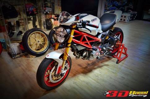 Ducati Monster 796 độ nổi bật với những món đồ chơi hàng hiệu