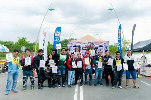 Nữ Biker đầu tiên giành giải nhất phẩn khúc Á trong cuộc thi Gymkhana