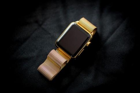 Quy trình mạ vàng Apple Watch trông y hệt phiên bản Edition